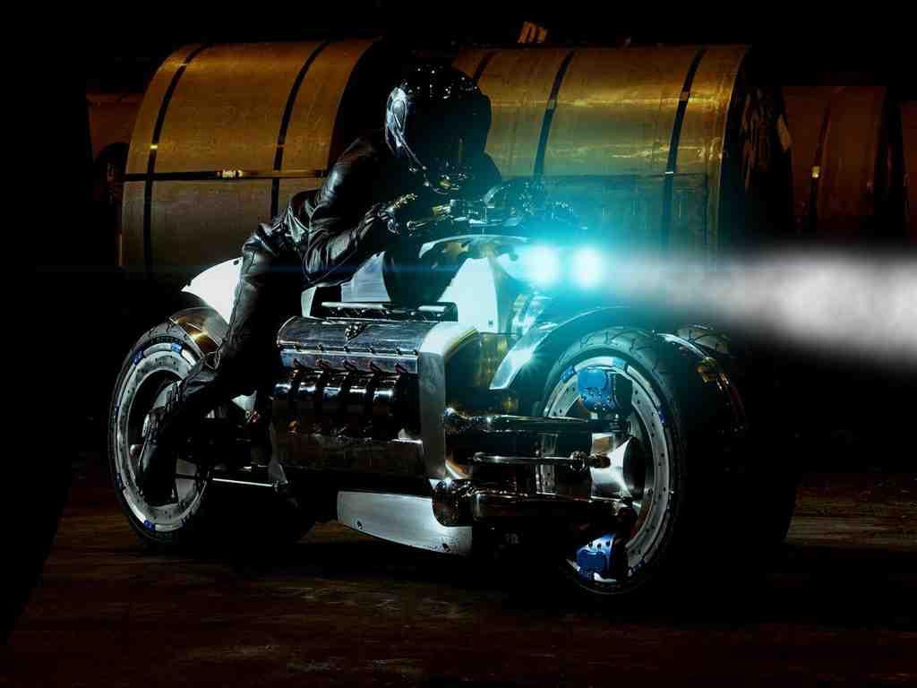 ac26d6279a6 Meet Dodge Tomahawk - The FASTEST Bike Ever - GurusWay