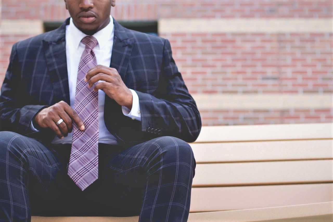 Purple tie - gurusway.com
