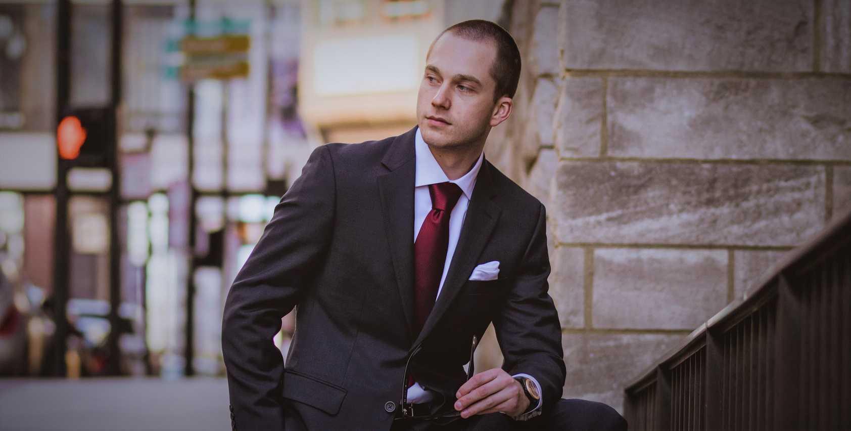 Red tie - GurusWay.com